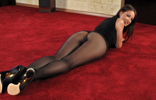 brunette, pantyhose, melisa, melisa mendiny, kristina walker, carrie du four, lexa, skinny, delicious, sexy, hot ass, nylon, collant, stockings, perfect girl