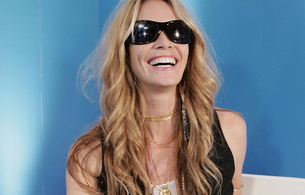 elle macpherson, model, actress, smile, glasses, blonde