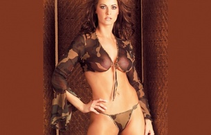 brunette, titts, lingerie, big titts, tits, bikini, wicker, camoflage, camouflage