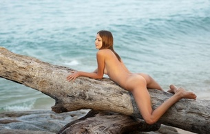 nude, amelie, beautiful female legs, hips, naked, sea, water, back, beach, blonde, juicy, beauty