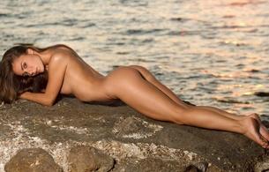 natalia e, lily c, raisa, girl, sexy, nude, beautiful female legs, hips, ass, back, sea, water, long hair, outdoors, juicy, beauty, hot, ass wallpaper