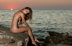 lily c, natalia e, raisa, sunset, sea, rocks, sexy babe, hot, beach, tits, legs
