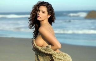 brunette, nude, handbra, sand, kelly brook