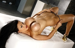 aletta ocean, tits, breasts, boobs, melons, jugs, norks, gazongas, knockers, hooters, funbags, glamour, breathtaking fake boobs, panties bridge, super boobs