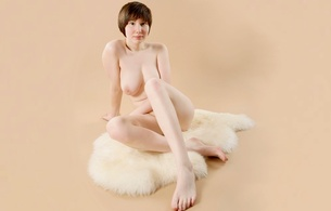 brunette, nude, naked, girls, sexy, amateur, model, sheep skin, hi-q