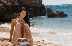 melisa mendini, beach, nude, brunette, melisa mendiny, swimsuit, sand