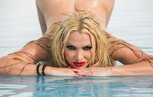 nikki benz, pussy, ass, big ass, tits, big tits, blonde, legs, red, big wet butts, big butts, wet butt sex red latex, latex, nikki latex 1