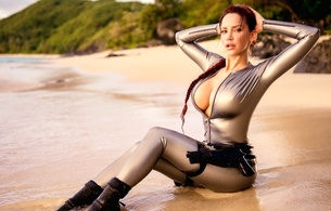 bianca beauchamp, canadian, model, redhead, sexy babe, fetishqueen, cosplay, lara croft, tomb raider, sitting, pin up style, beach, sand, water, latex, catsuit, decollete, queue, pistols, rubber, fetish, tomb raider set, bianca, linge