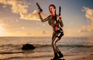bianca beauchamp, canadian, model, redhead, sexy babe, fetishqueen, cosplay, lara croft, tomb raider, beach, sand, water, wet, latex, catsuit, decollete, queue, pistols, sundown, rubber, fetish, tomb raider set, bianca, tight clothes, real celebs wall