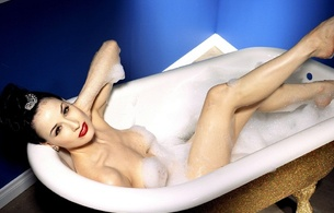 dita von teese, model, sexy babe, actress, glamour, international burlesque star, dita, playmate, dancer, sitting, smile, bathtub, water, wet, legs, feet, red lips, black hair, foam, pin up style, delicious, sexy