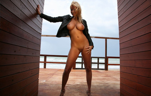 raylene richards, natural, outdoor, zuzana, zuzana drabinova, hangers, curvy, big tits, blonde, heels, tits, nipples, blonde, legs, hips