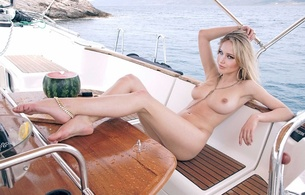 jennifer lawrence, actress, nude, hot, perfect figure, american, fake, harmonous legs, graceful bend a foot, sexual soles a foot, beautiful sight, bracelet on a leg, boat, sexy bitch, watermelon