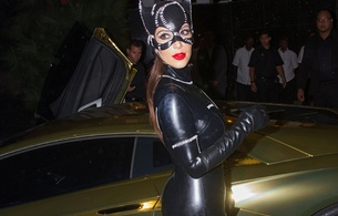kim kardashian, american, starlet, model, celebrity, exotic, brunette, busty, sexy babe, long hair, halloween, cosplay, catwoman, mask, latex, catsuit, erotic, red lips, kim, shiny, rubber, fetish, public, fetish babe, real celebs wall