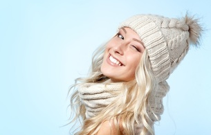 blonde, sexy girl, smile, sweet, cute, hat, scarf, long hair, hi-q, beauty, close up, eyes, face, young, sexy babe, smile, beanie
