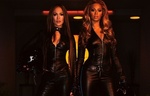 beyonce knowles, brunette, ebony, singer, jennifer lopez, latina, actor, glamour, sexy babe, long hair, celebrity, 2 babes, sexy, dressed, black, leather, catsuit, sexy, decollete, tight clothes, jennifer lopez, real celebs wall
