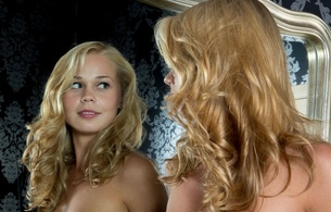 sarika, blonde, sexy girl, adultmodel, nude, naked, anna s, darina nikitina, davina, sarika a, mirror, reflection, latvian, curly hair, hi-q, close up