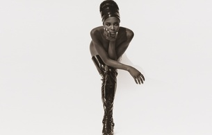 naomi campbell, british, exotic, supermodel, celebrity, actress, ebony, sexy babe, brunette, long hair, posing, naked, pvc, bandana, overknee, crotch boots, erotic art, black and white, b&w, hairstyle, pin up, naomi, real celebs wall, babes in boots