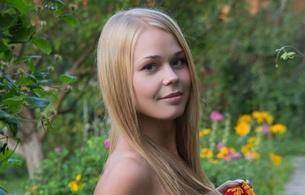 sarika, blonde, sexy girl, adult model, latvian, long hair, view, look, lovely face, anna s, darina a, darina nikitina, davina, sarika a