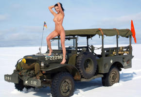 gwen peace, brunette, usa, army jeep, naked, nice tits, nipples, shaved pussy, hi-q, jeep, gwen a