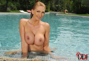 leigh darby, busty, big boobs, big tits, boobs, melons, pornstar, nipples, lips, pool, earrings, wet hair, wet, super boobs