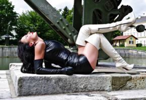 nadja, german, amateur, glamour, fetish model, brunette, milf, mistress, domina, fetish diva nadja, outdoor, shiny, leather, gloves, overknee boots, 19cm, high heels, fetish babe, shiny clothes, babes in boots