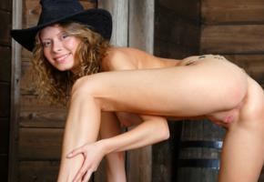 anne p, oliwia, oliwia a, naked, cowgirl, big tits, puffy nipples, shaved pussy, labia, ass, spread legs, hat, smile, hi-q