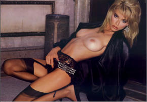 marianne gravatte, stockings, tits, boobs, bad quality
