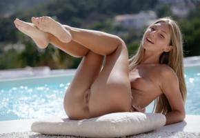 anjelica, abby, chelsea, krystal boyd, pool, naked, tits, nipples, labia, ass, smile, hi-q, tanned, shaved pussy, blonde, sexy soles of feet