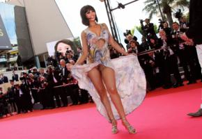 brunette, flash, pussy, red carpet, flashing, haired pussy, yasmine lafitte, public