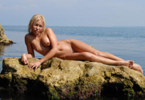 jessika, blonde, beach, naked, small tits, nipples, shaved pussy, wet, rock, sea, sexy legs