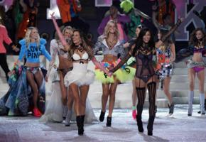 miranda kerr, lingerie, sexy, stockings, smile, bra, skirt, group, victoria secret