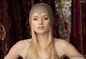gadriella, blonde, baremaidens, bust, view