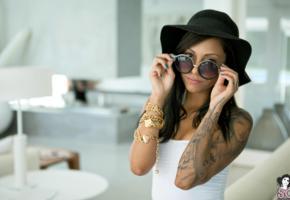 zad, suicide girl, model, brunette, tattoo, hat, sunglasses, suicide girls