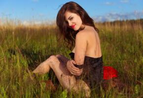diana, famegirl, brunette, field, red lips, smile