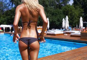 blonde, tanned, ass, backwards, pool, bikini, unknown, great ass