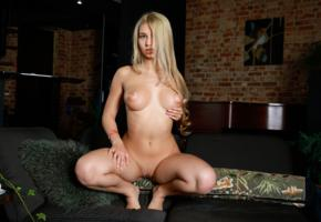 candice lauren, blonde, sexy girl, shaved pussy, boobs, tits, legs, squatting, hi-q