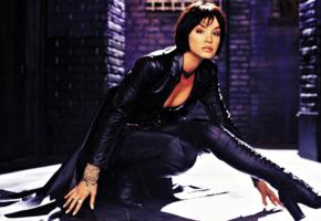 ashley scott, brunette, american, celebrity, model, actress, sexy babe, short hair, posing, sexy dressed, shiny, black, leather, coat, pants, knee boots, hot, decollete, erotic, fetish babe, ashley, babes in boots