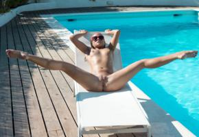 vinna reed, cristal caitlin, vienna reed, shanie ryan, blonde, pool, naked, tits, nipples, shaved pussy, labia, ass, spread legs, sunglasses, hi-q