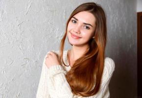 georgia, model, pretty, young, blue eyes, long hair, sweet, juicy lips, jersey, smile, sweater, cardigan, jumper