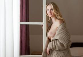 carisha, sexy, blonde, boobs, big tits, smile, sweater, undressing