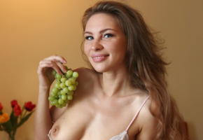 cecelia, averotica, brunette, eyes, smile, tits, boobs, grapes