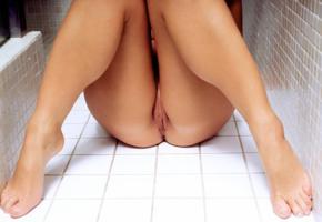 labia, shower, wet, pussy, legs