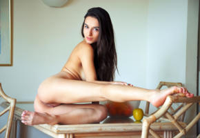 gloria sol, gloria, penelope y, sofieq, sofiya oleinik, sophie, model, brunette, pussy, shaved pussy, labia, legs, body to die for, perfect ass