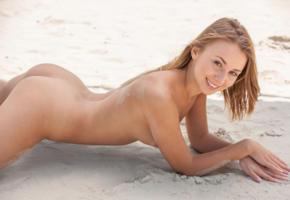linda chase, linda, aida, linda a, beach, naked, tits, ass, smile, hi-q, blonde