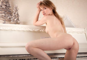 tempe, monika v, model, pretty, blonde, blue eyes, latvian, back, tits, pussy, shaved pussy, labia, meat curtains, anus, bum, ass, piano