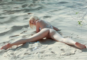 isabella c, marieanne, marie nox, nexi, blonde, beach, naked, shaved pussy, labia, ass, spread legs, hi-q, pussy