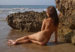 sheri vi, model, babe, brunette, perfect girl, russian, nude, beach, sand, cliff, ass