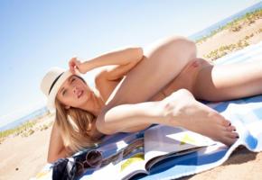 tempe, monika v, model, pretty, babe, blonde, blue eyes, latvian, pussy, shaved pussy, labia, bum, ass, nude, bath towel, beach, sand, hat, sea, ocean, sun, outdoors