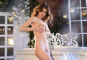 caramel, sexy, girl, adult model, boobs, tits, nude, shaved pussy, handbra, brunette, piano