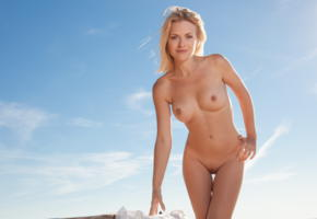 reana, beach girl, blonde, boobs, tits, hard nipples, smile, shaved pussy, nude